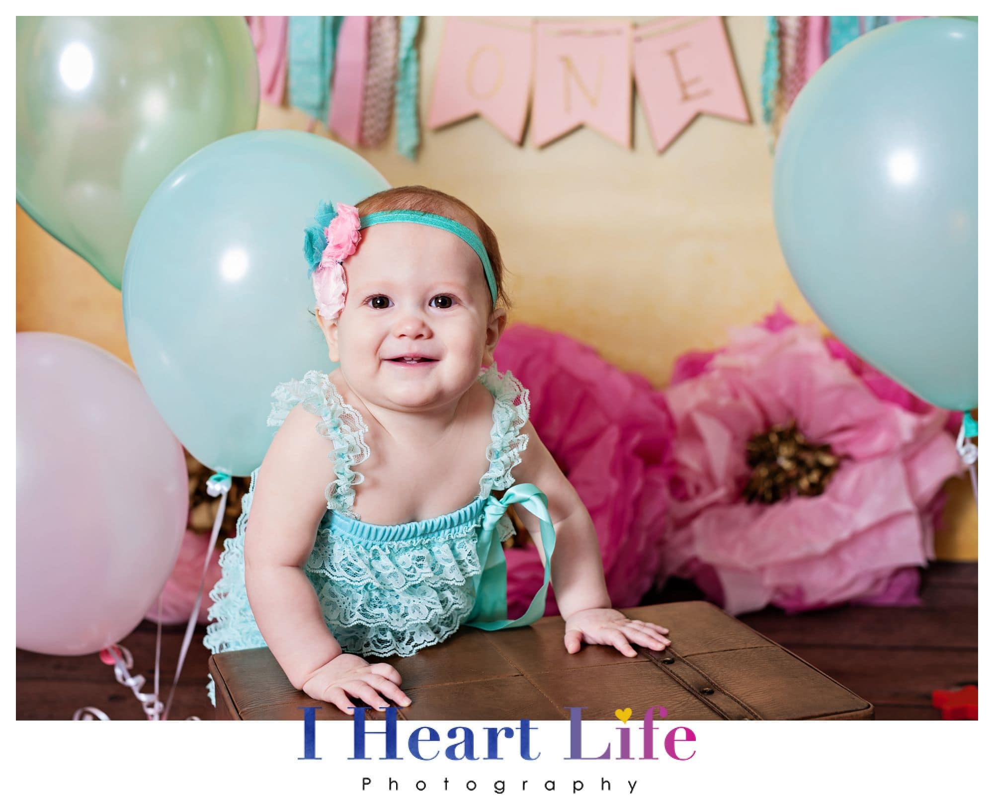 Harper | Lakewood Ohio Cake Smash Photo Session